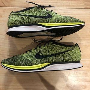 Nike Flyknit Racer (sz 13)